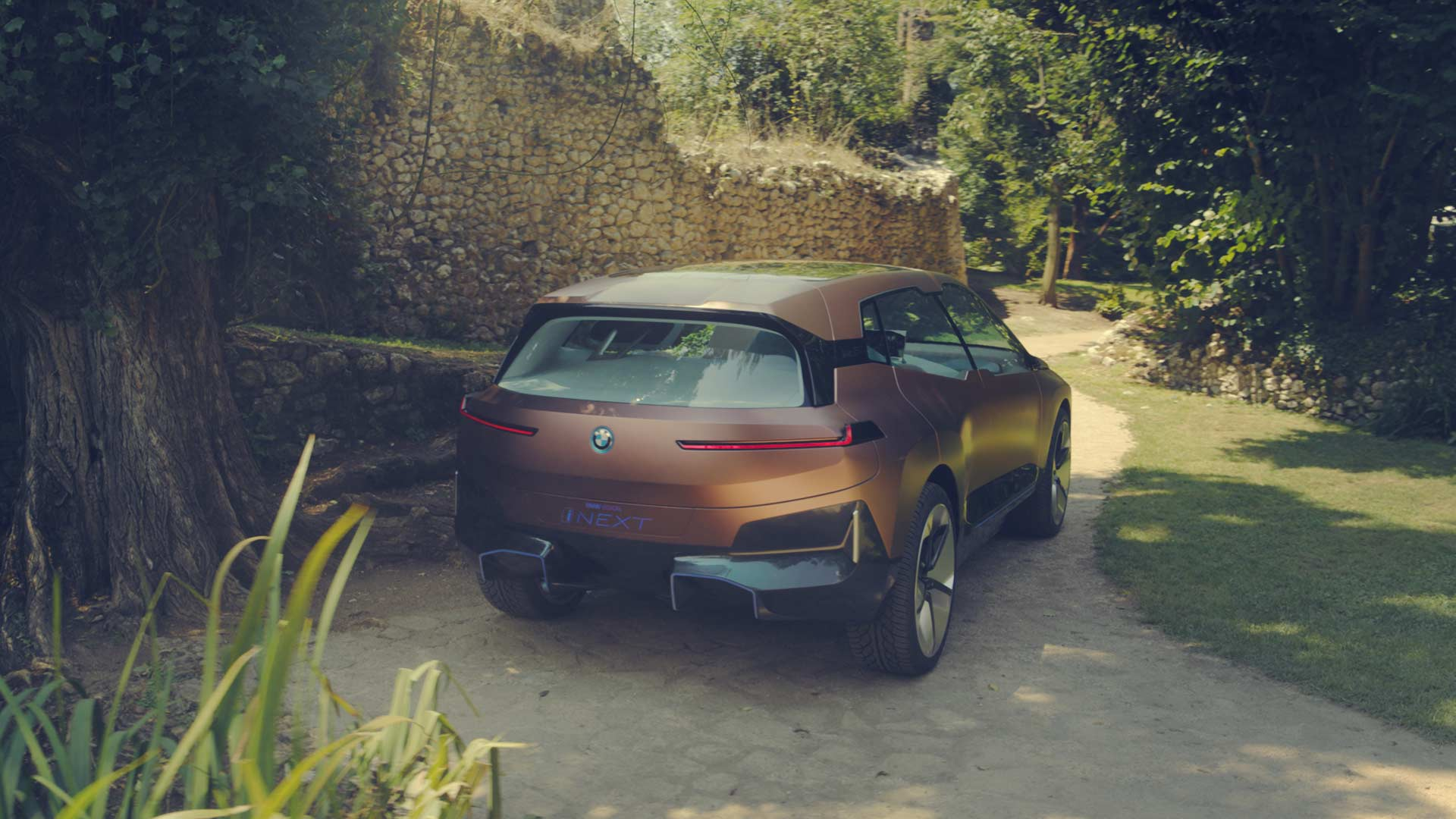 BMW-Vision-iNEXT_6