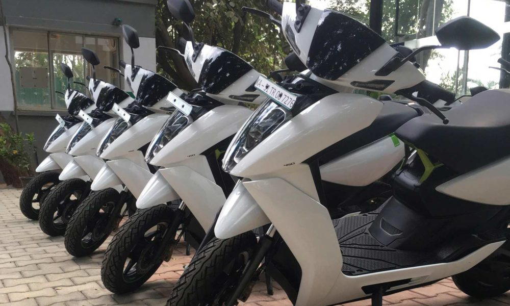 First-Ather-450-electric-scooters-delivery-Bengaluru_3