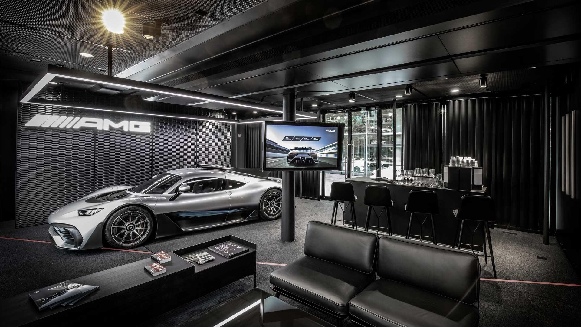 Mercedes-AMG-One-mobile-showroom-lounge