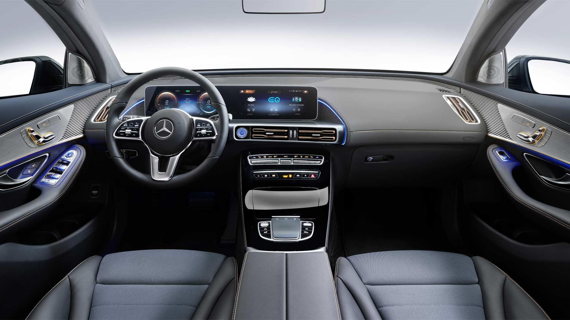 Mercedes-Benz-EQC-Interior_3