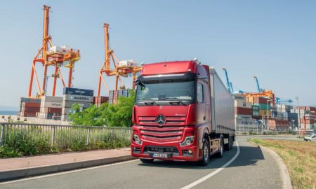 New-2019-Mercedes-Benz Actros_2