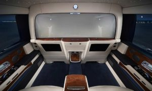 Rolls-Royce-Phantom-Privacy-Suite