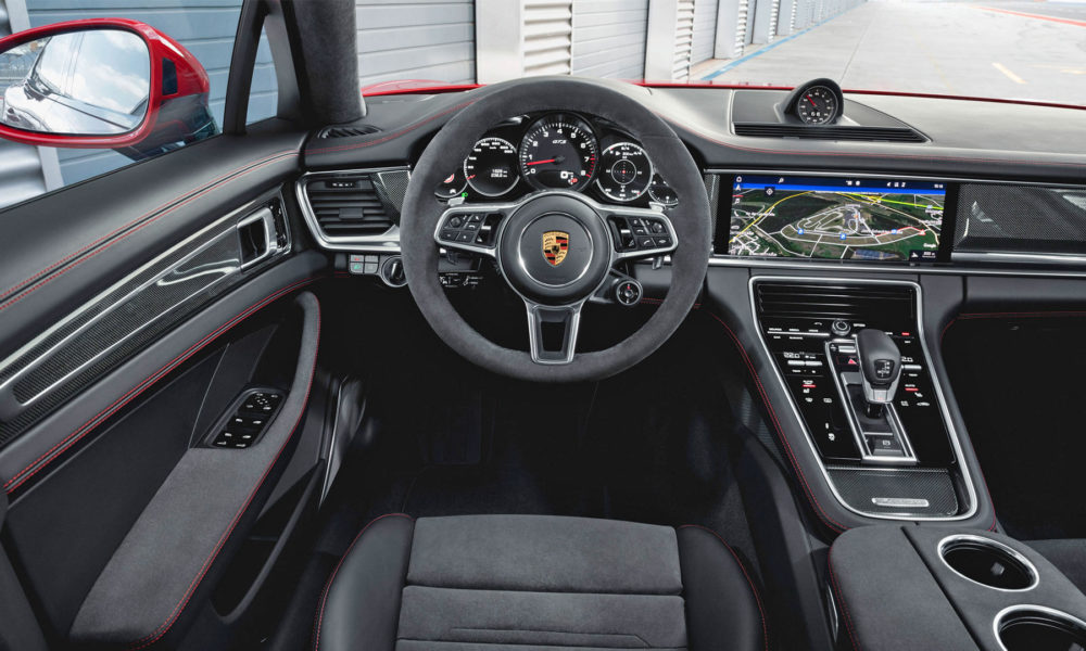 2018-2nd-generation-Porsche-Panamera-GTS-Interior