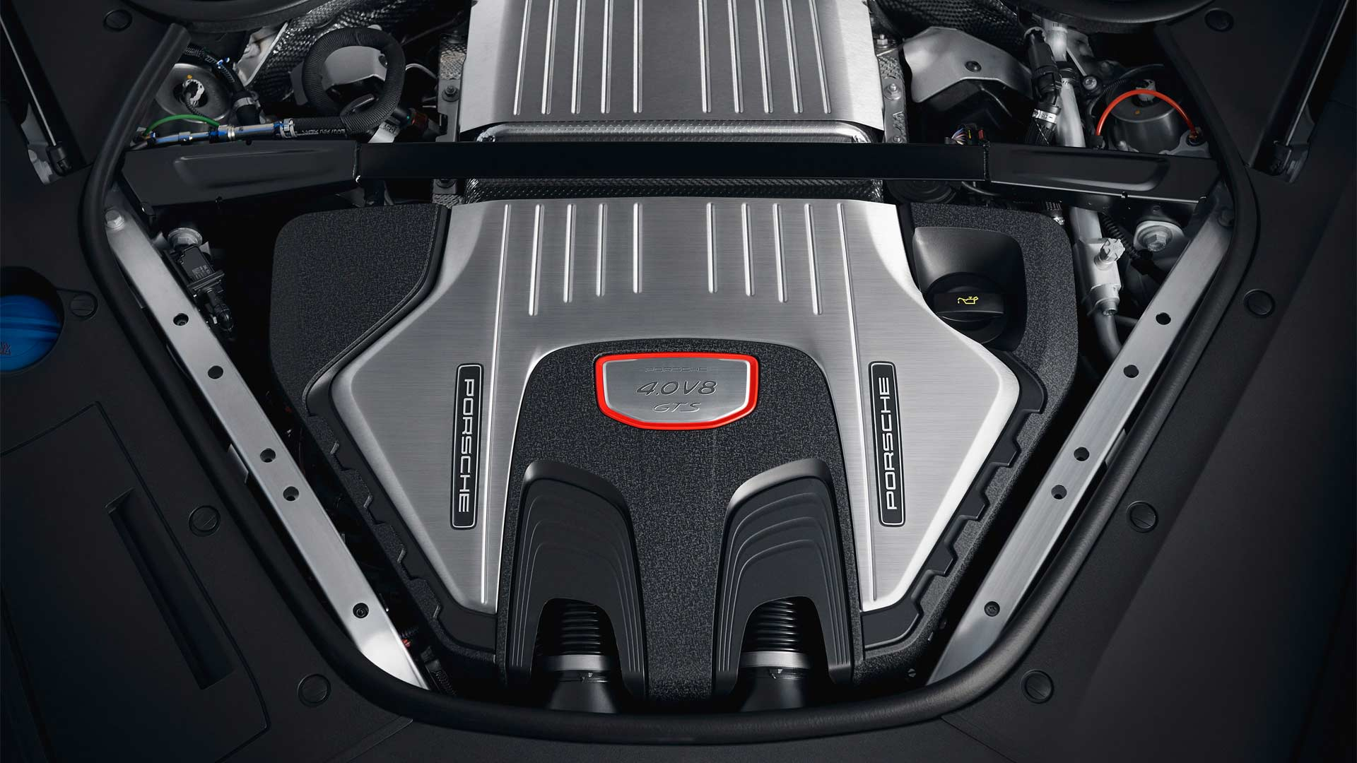 2018-2nd-generation-Porsche-Panamera-GTS-and-Panamera-GTS-Sport-Turismo-engine