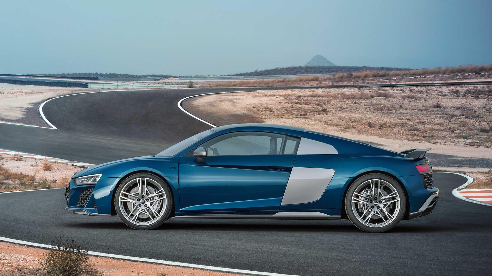 2019-Audi-R8-Coupe_4