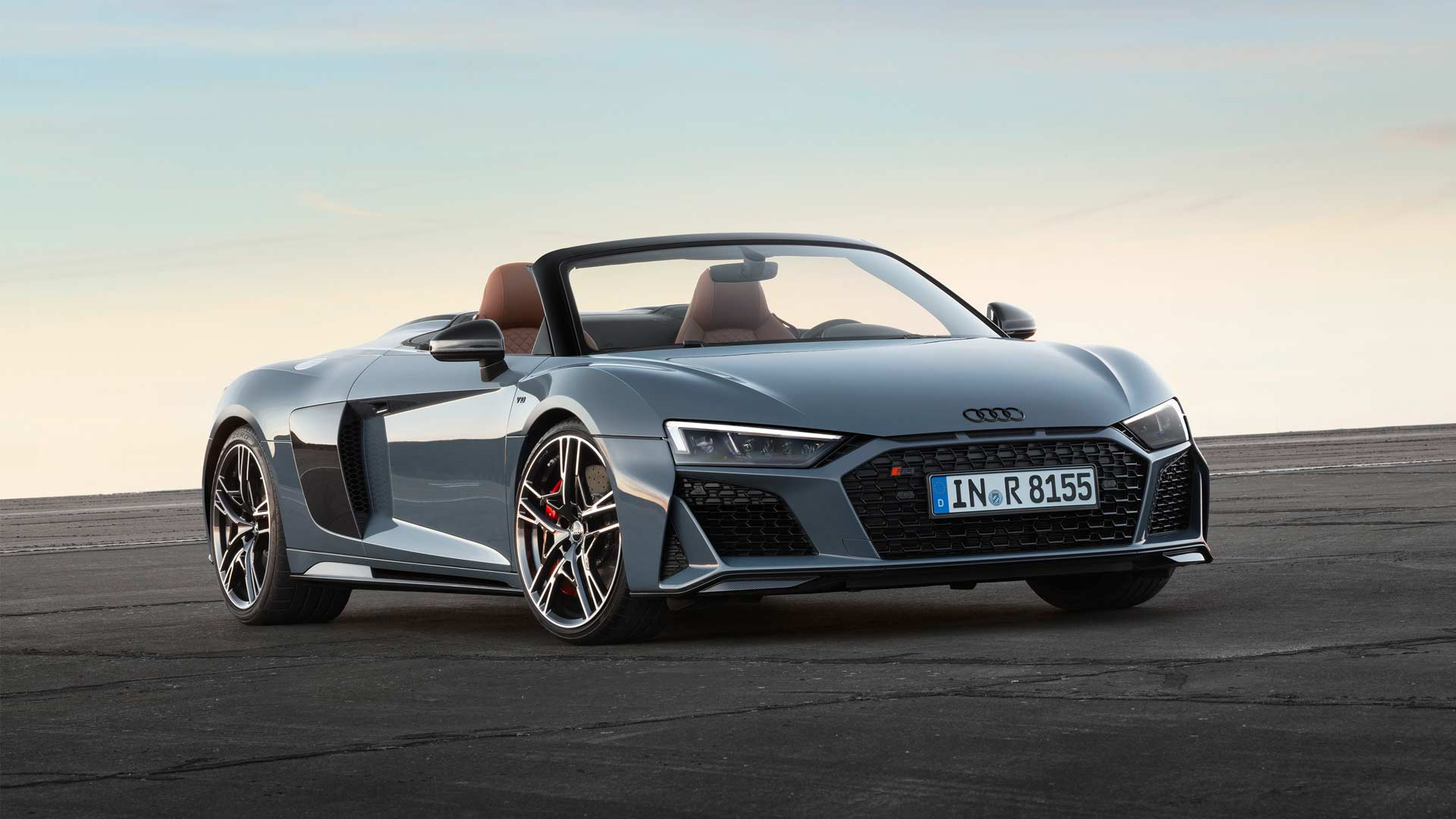 2019-Audi-R8-Spyder_2