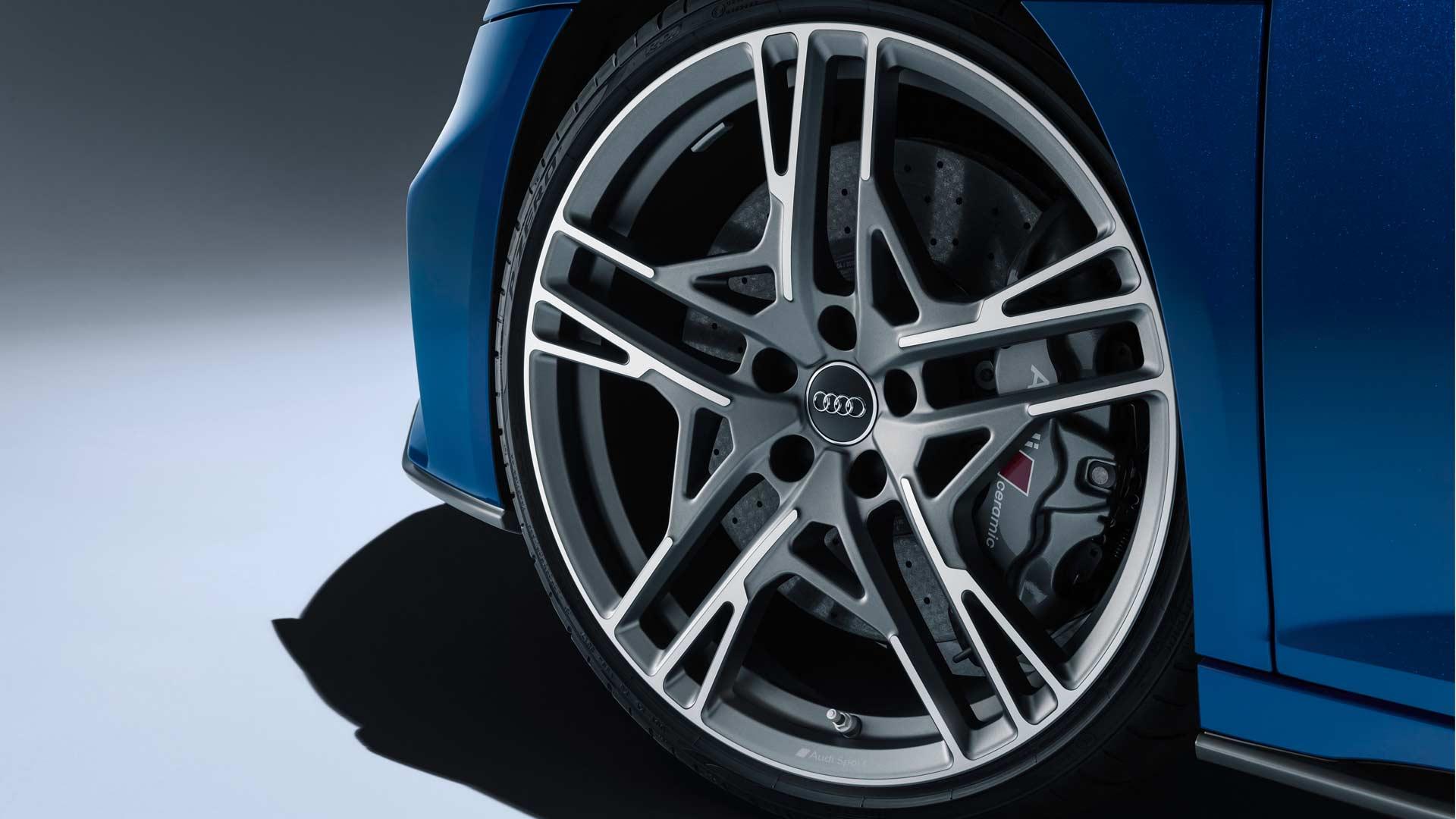 2019-Audi-R8-wheels