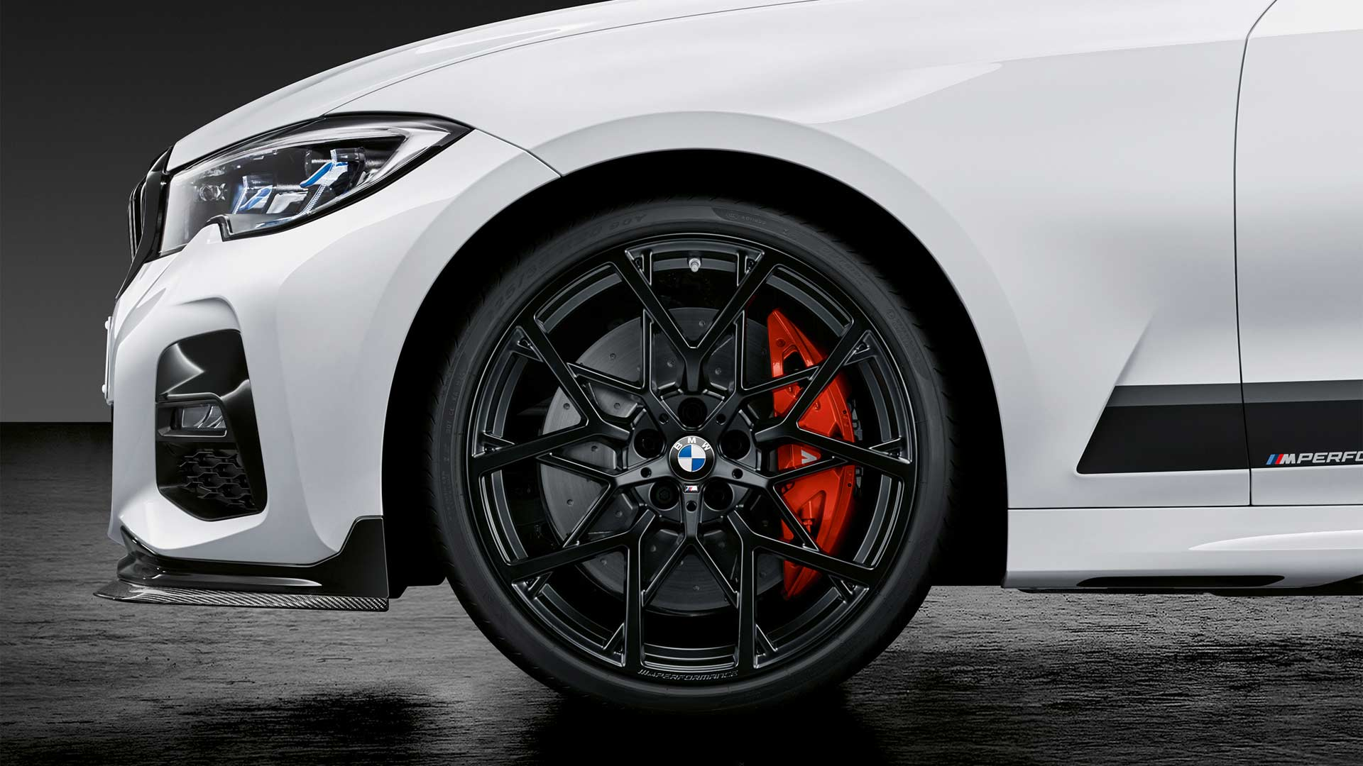 2019-BMW-3-Series-M-Performance-Parts_3