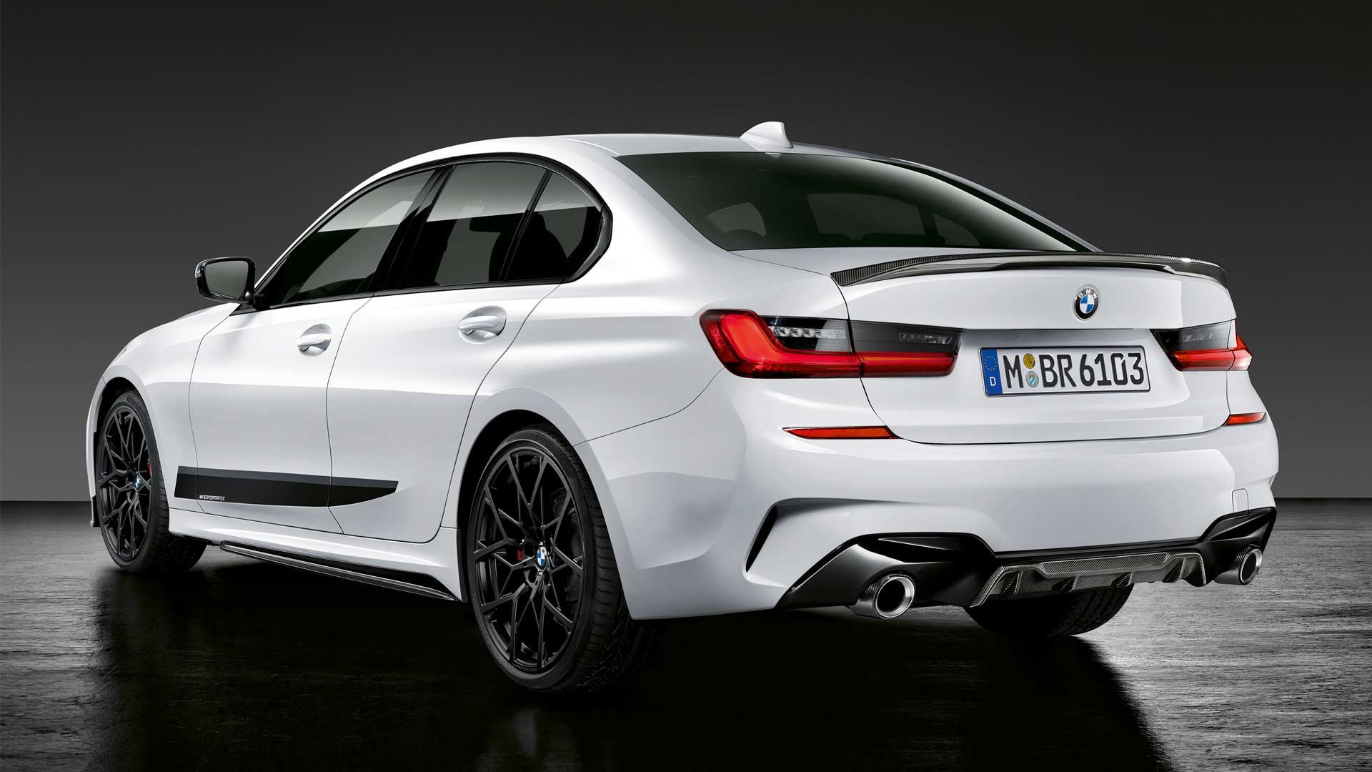 2019-BMW-3-Series-M-Performance-Parts_4