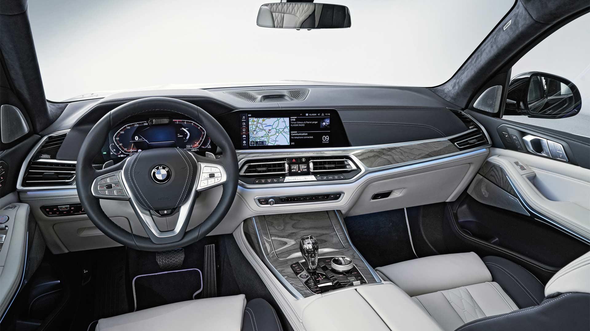 2019-BMW-X7-Interior