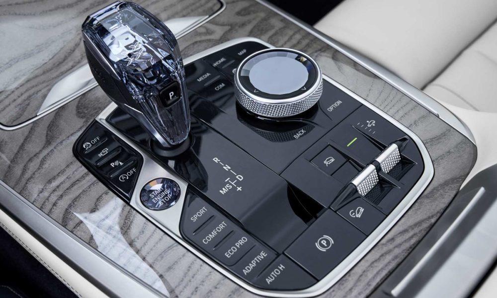2019-BMW-X7-Interior_3