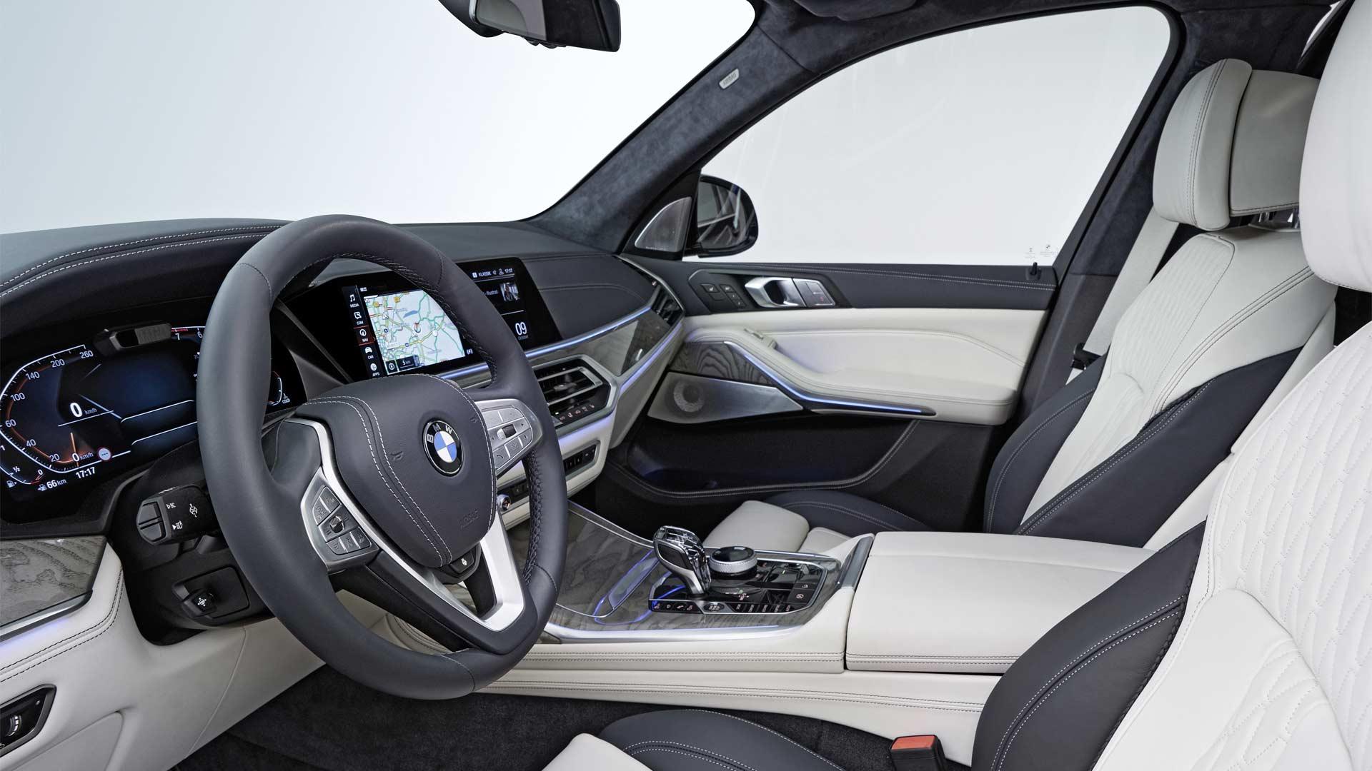 2019-BMW-X7-Interior_4