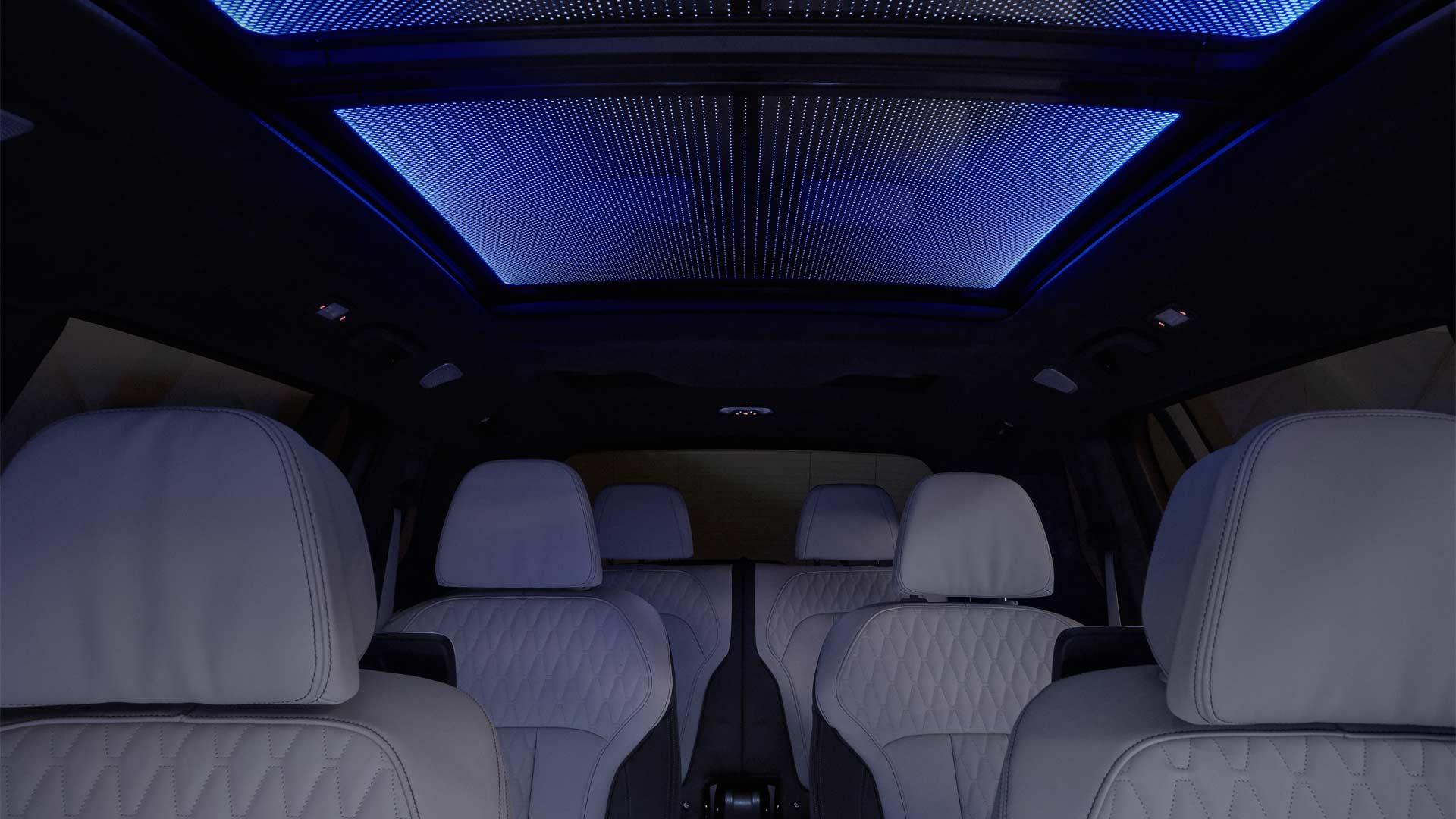 2019-BMW-X7-Interior_6