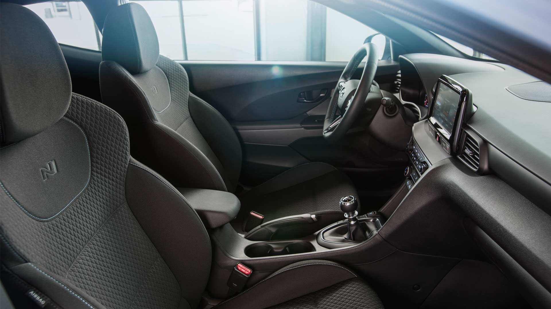 2019-Hyundai-Veloster-N-Interior_3