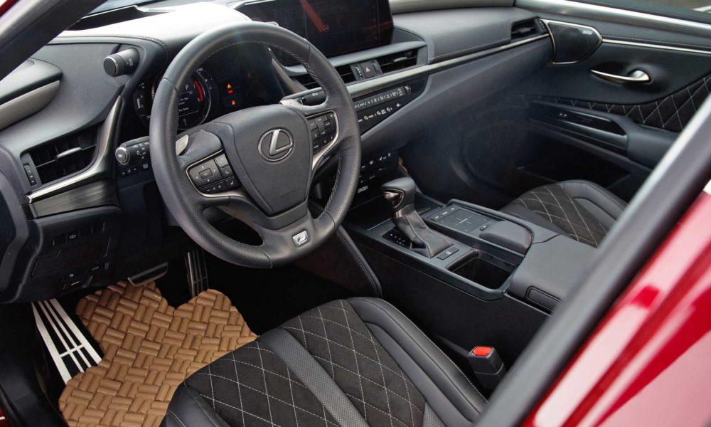 2019-Lexus-ES-Custom-Interior-2018-SEMA-Show