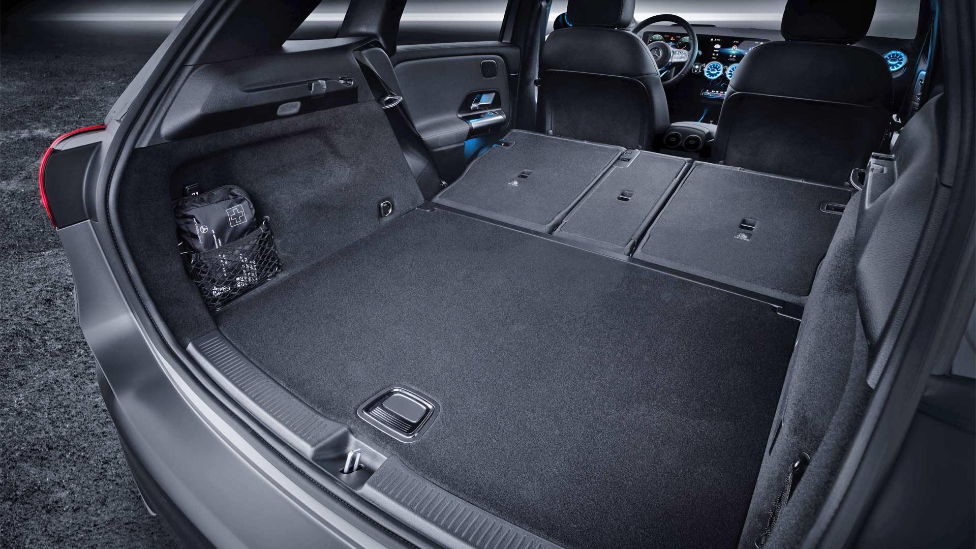 3rd-generation-2019-Mercedes-Benz-B-Class-Interior_4
