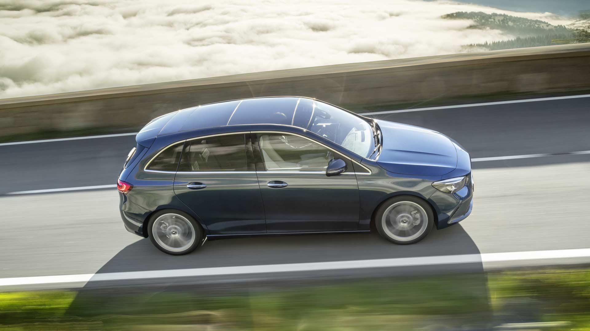 3rd-generation-2019-Mercedes-Benz-B-Class_2