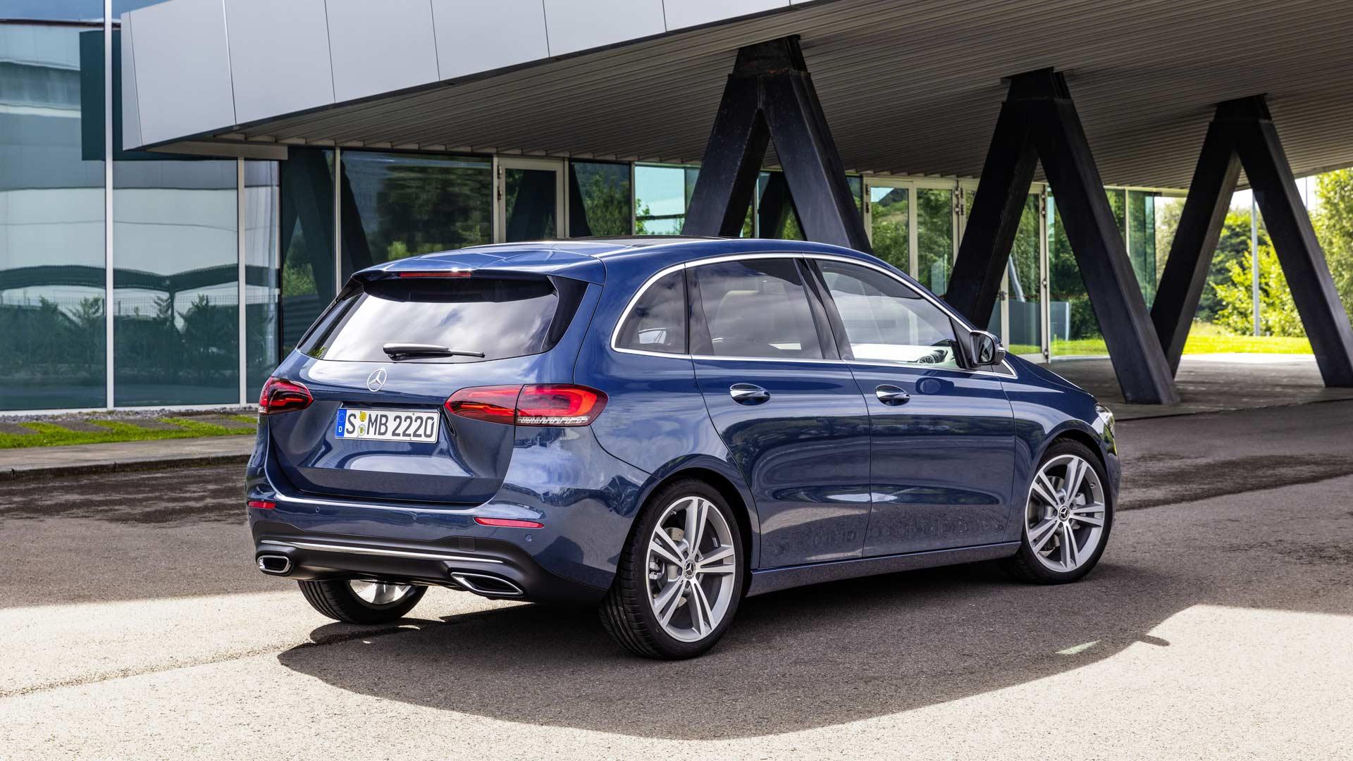 3rd-generation-2019-Mercedes-Benz-B-Class_4