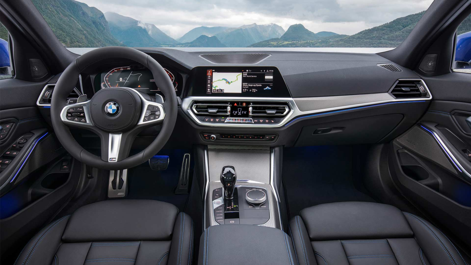 7th-generation-2019-BMW-3-Series-M-Sport-Interior