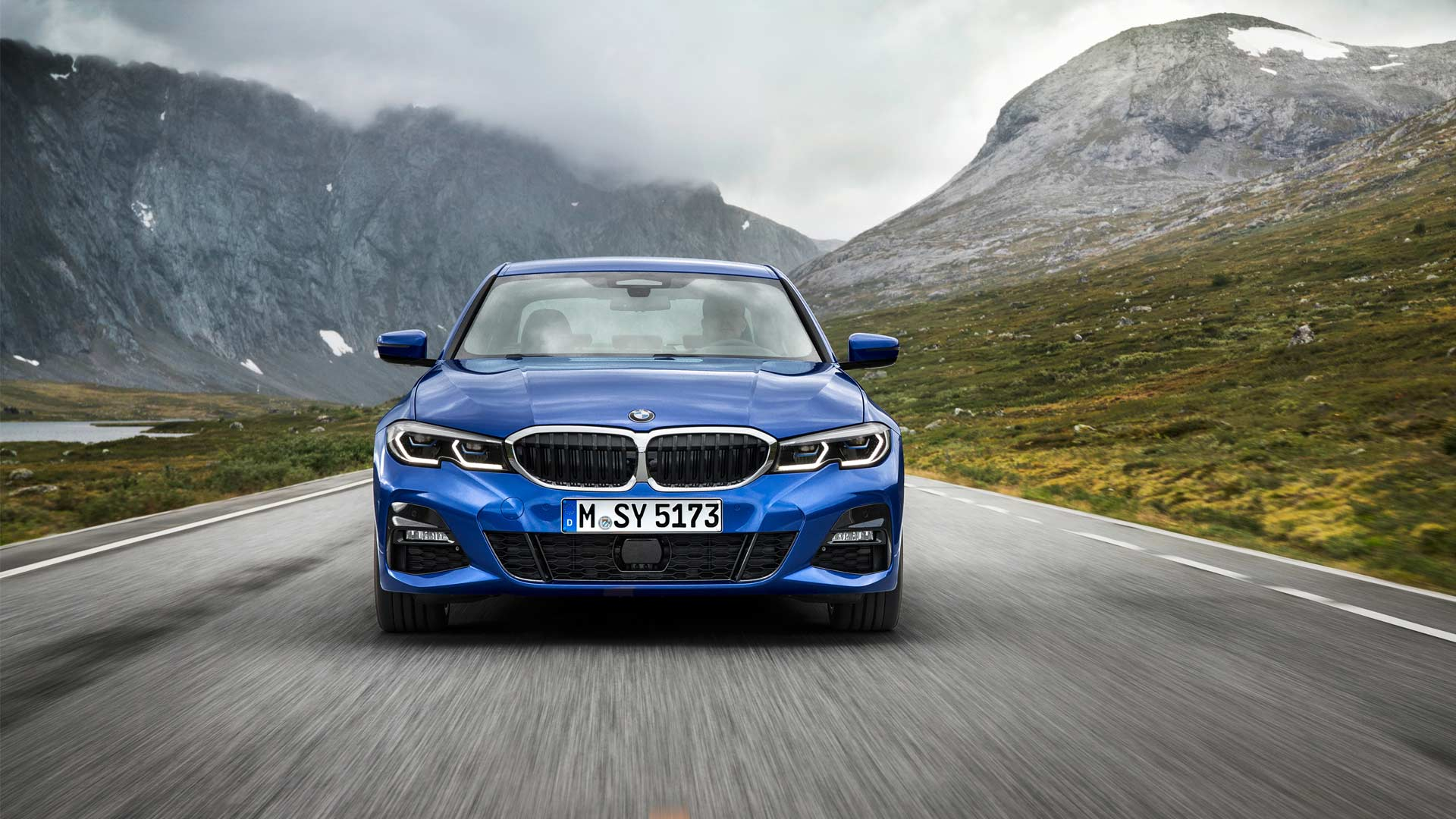 7th-generation-2019-BMW-3-Series-M-Sport_2