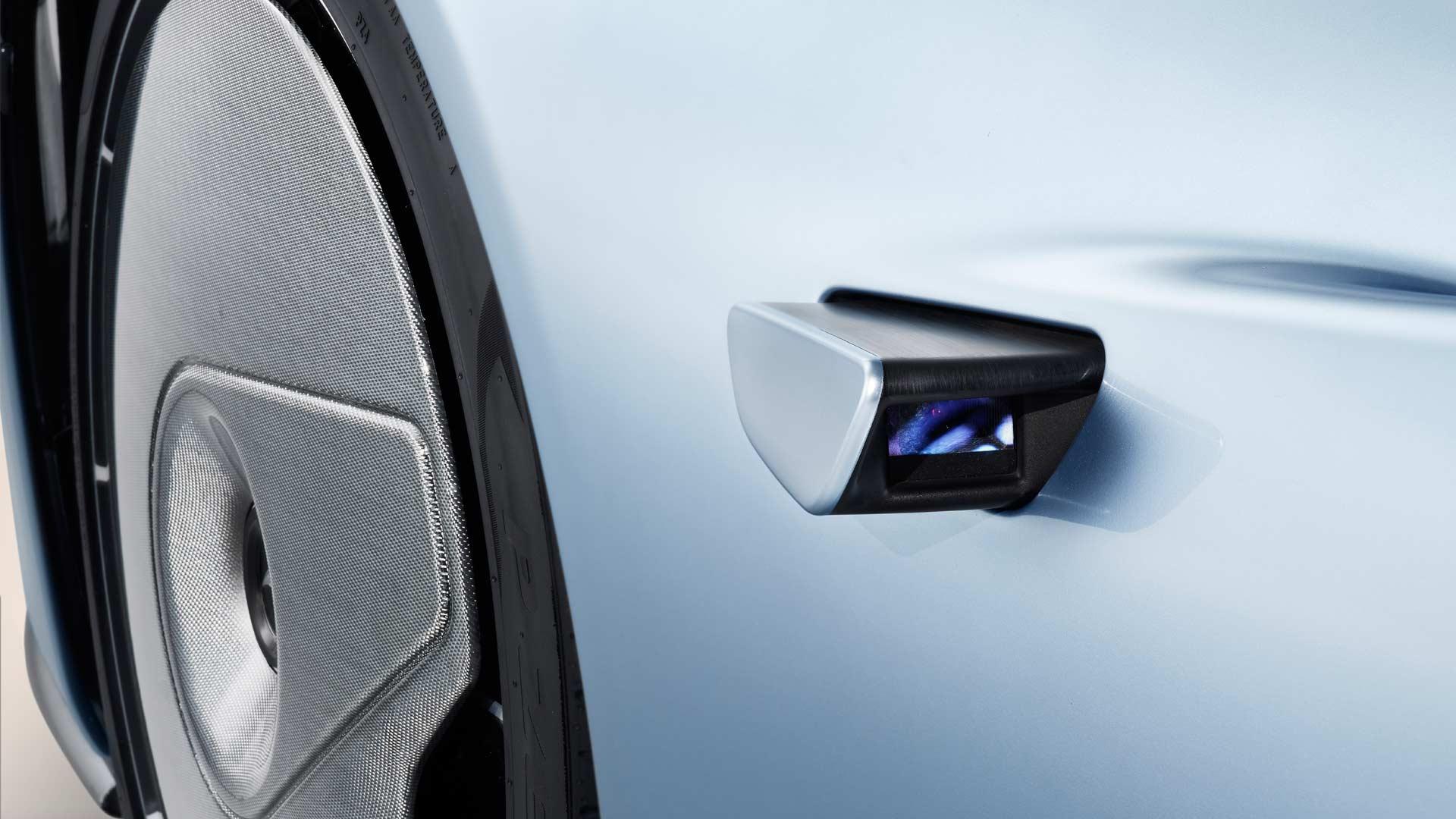McLaren-Speedtail-Mirror-Camera
