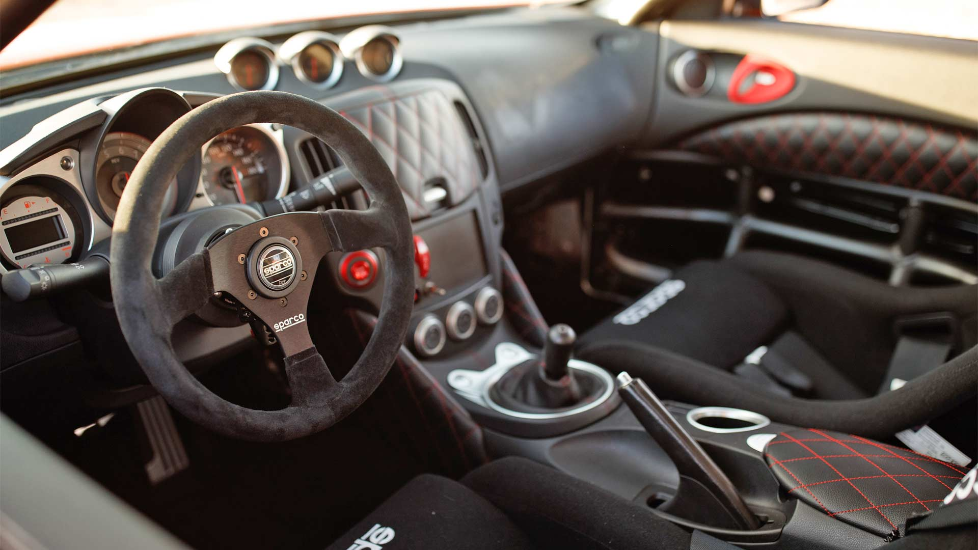 Nissan-370Z-Project-Clubsport-23-Interior