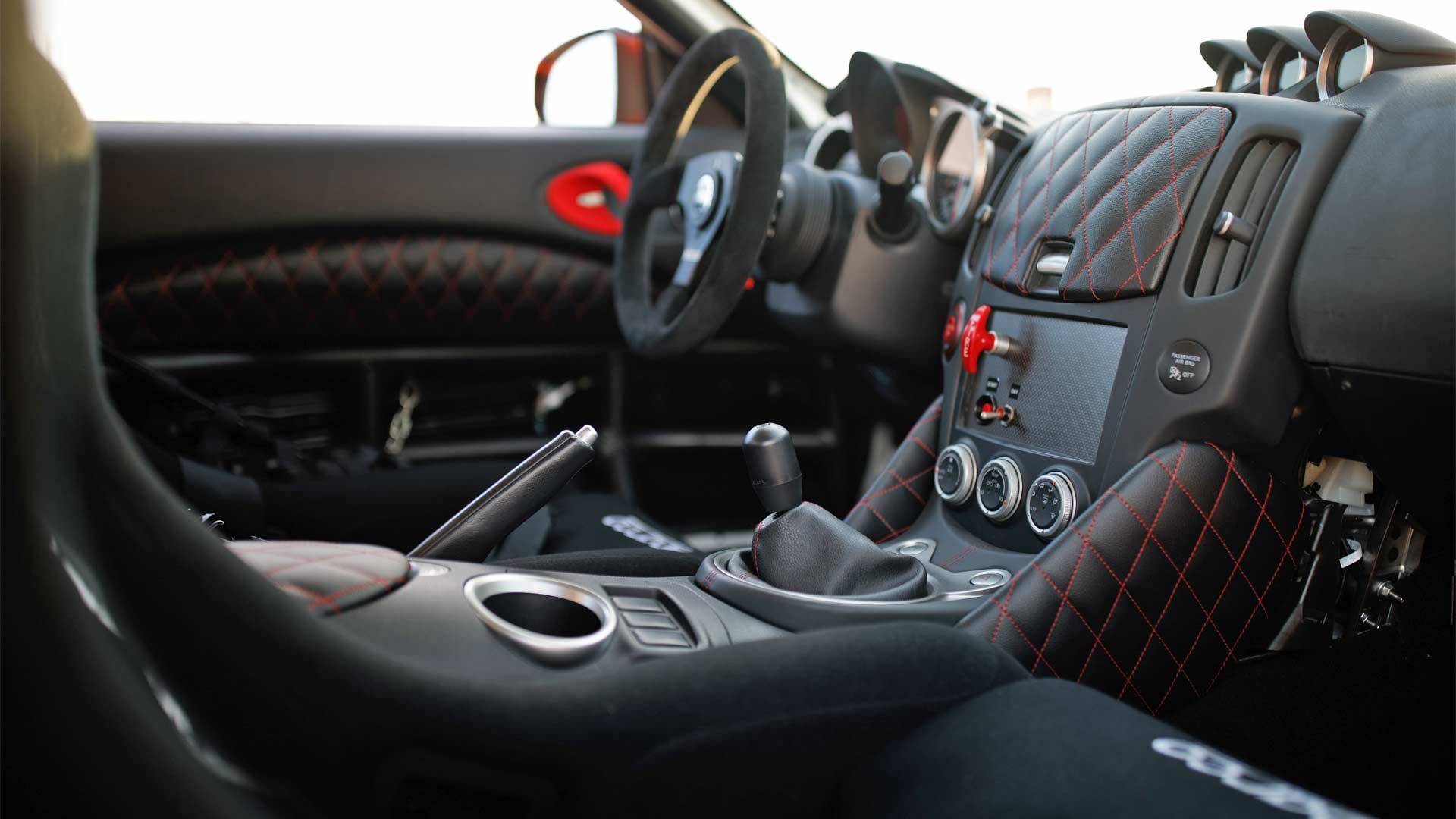 Nissan-370Z-Project-Clubsport-23-Interior_2