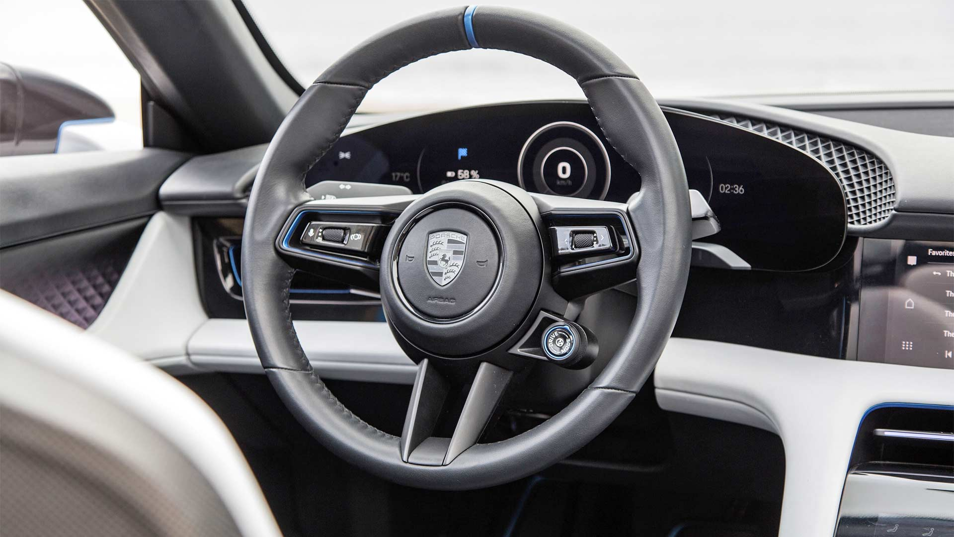 Porsche-Mission-E-Cross-Turismo-Interior-2018-California