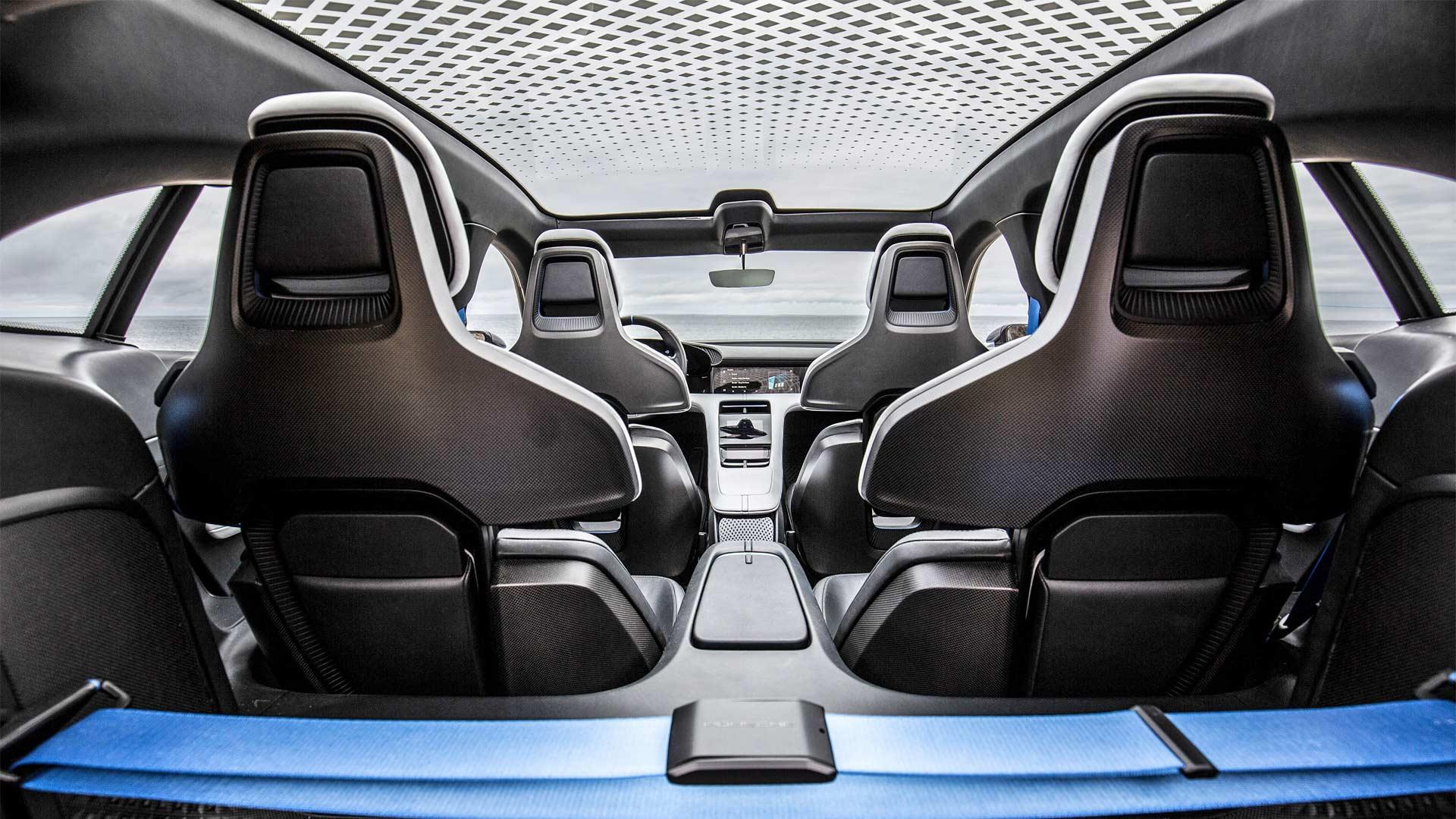 Porsche-Mission-E-Cross-Turismo-Interior-2018-California_3