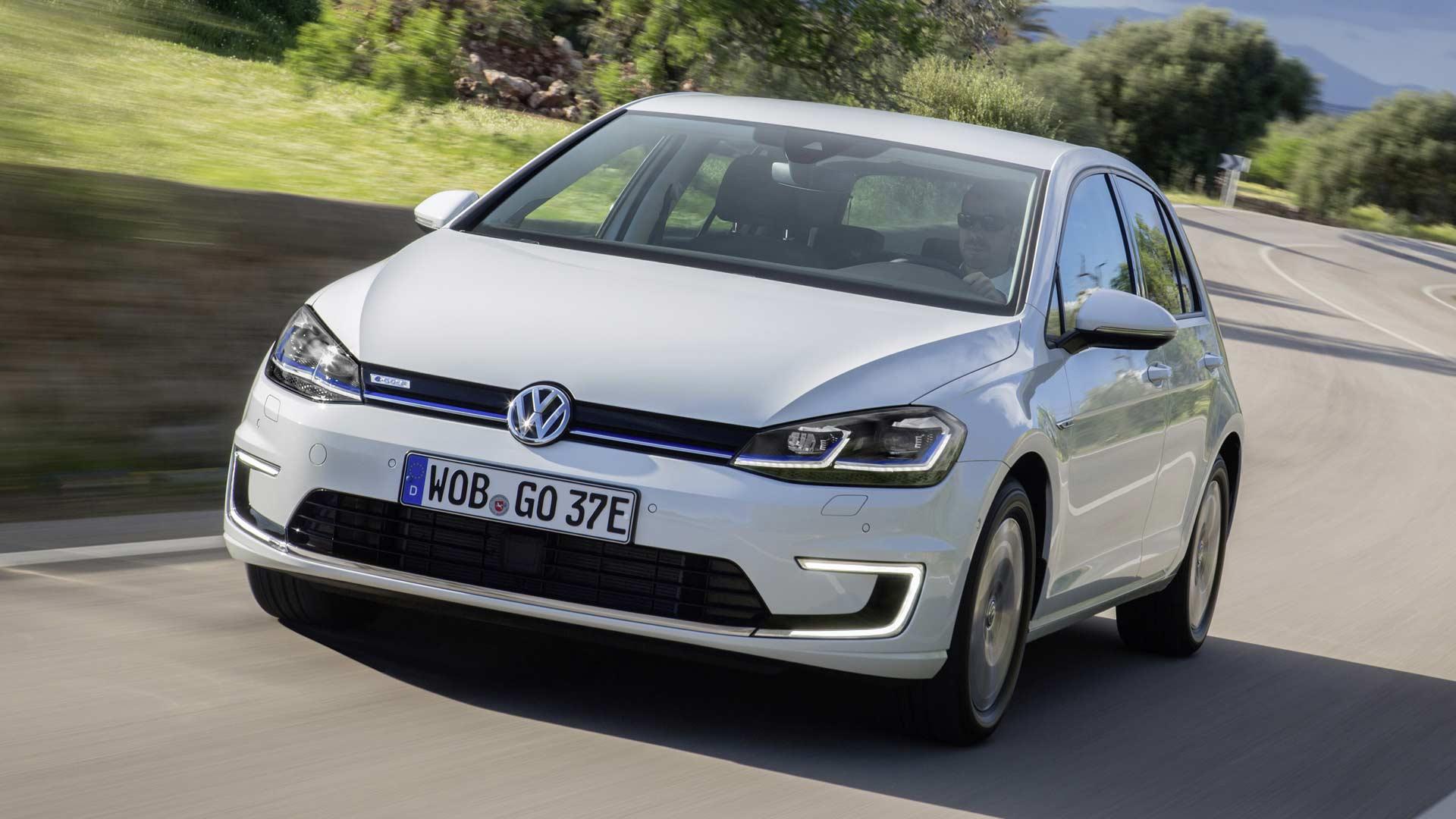 2013-Volkswagen-e-Golf
