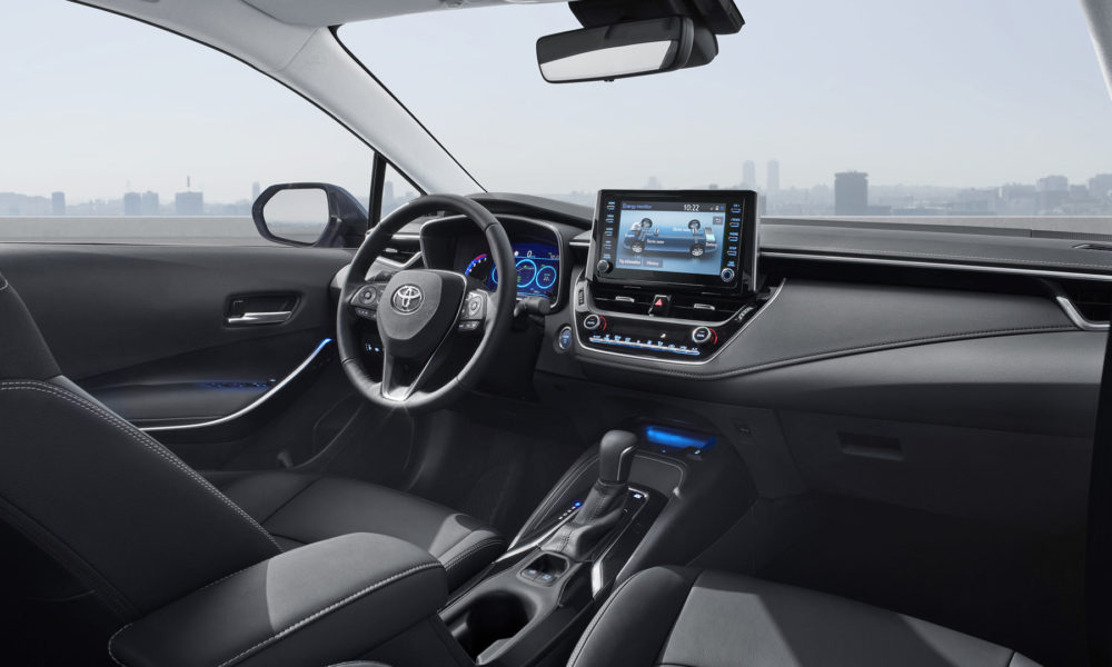 2019-12th-generation-Corolla-Sedan-Interior