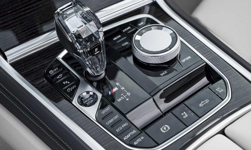 2019-BMW-8-Series-Convertible-Interior-Centre-Console