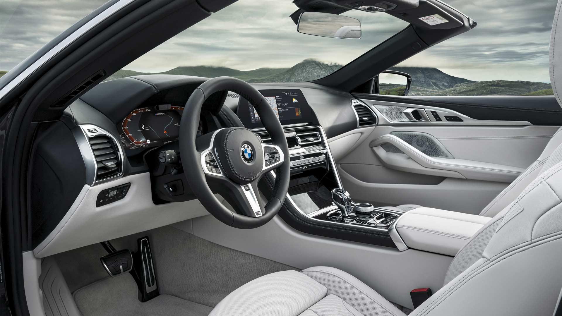 2019-BMW-8-Series-Convertible-Interior