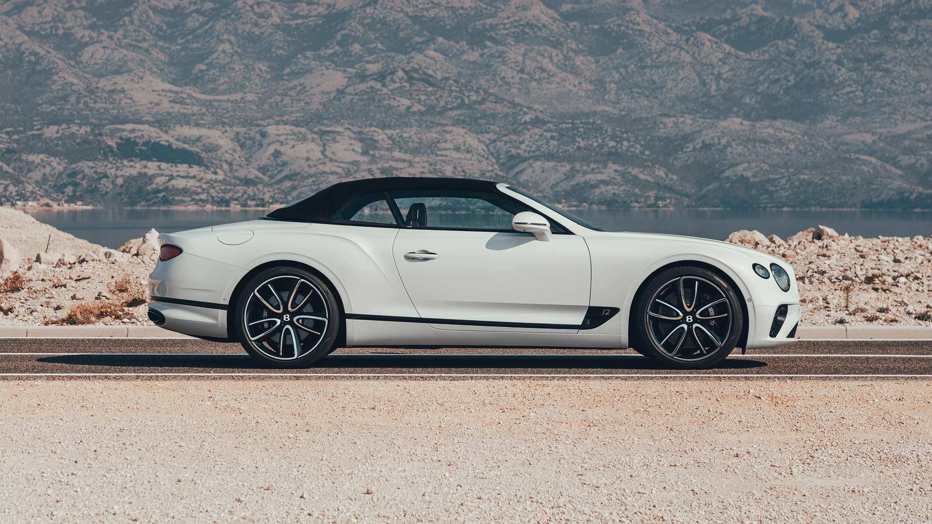 2019-Bentley-GT-Convertible_3