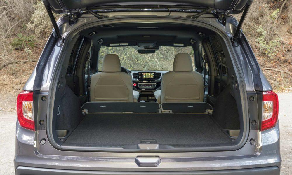 2019-Honda-Passport-Interior-boot