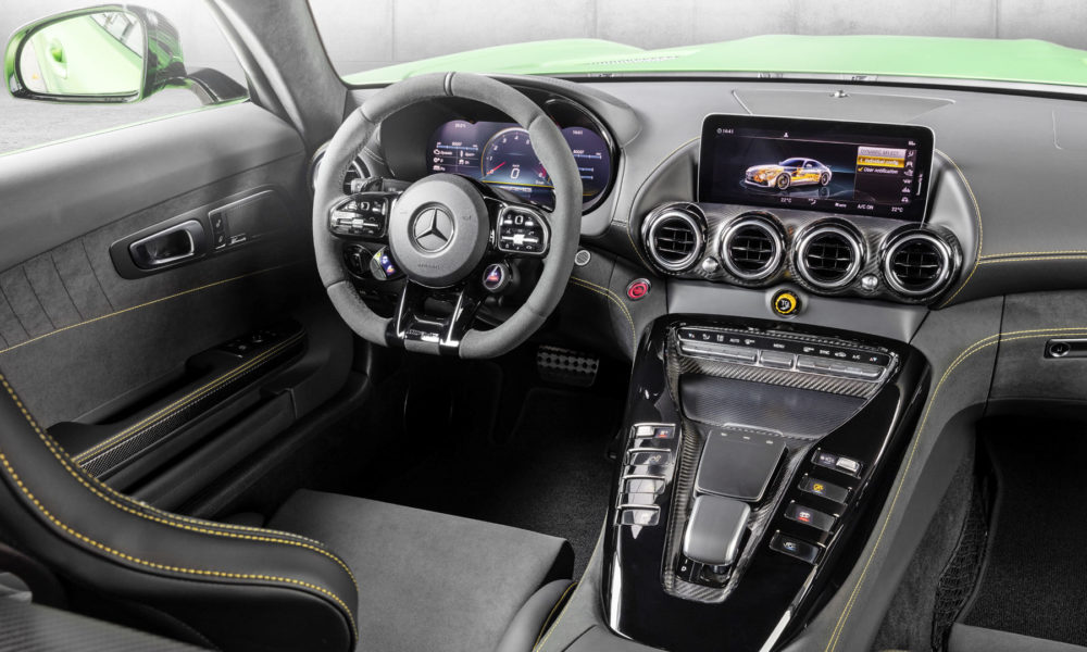 2019-Mercedes-AMG-GT-R-Interior-AMG-night-package