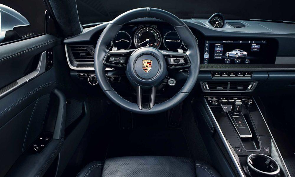 2019-Porsche-911-Carrera-4S-992-Interior_2