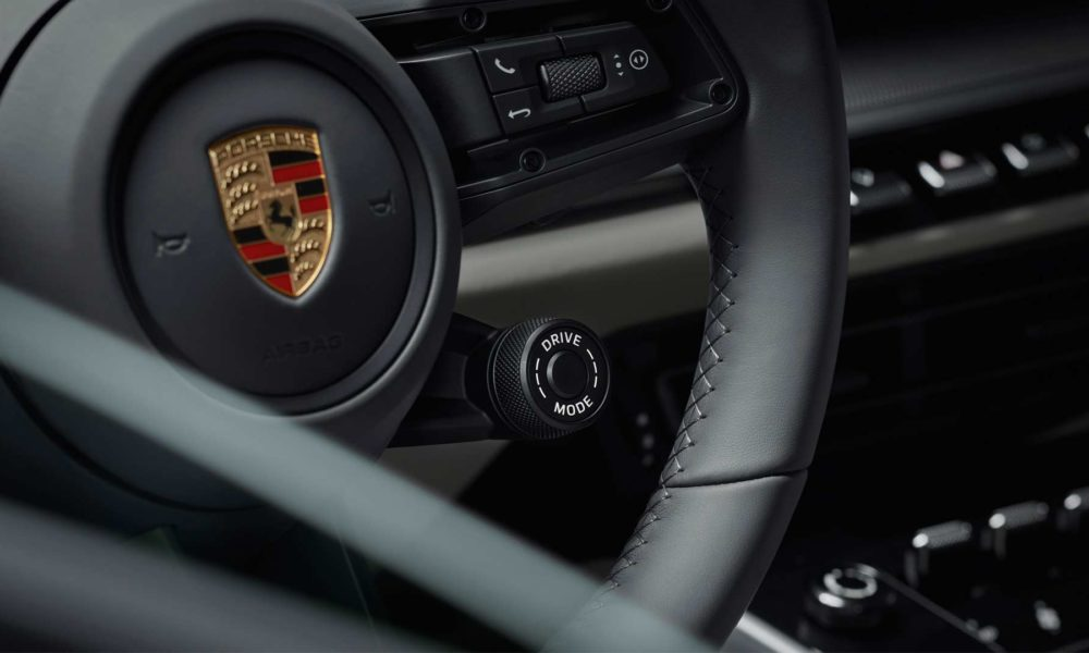 2019-Porsche-911-Carrera-4S-992-Interior_4