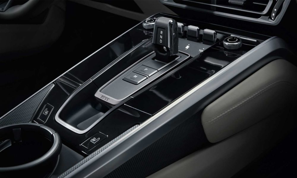 2019-Porsche-911-Carrera-4S-992-Interior_5