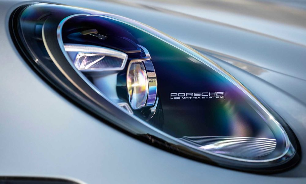 2019-Porsche-911-Carrera-4S-992-LED-Matrix