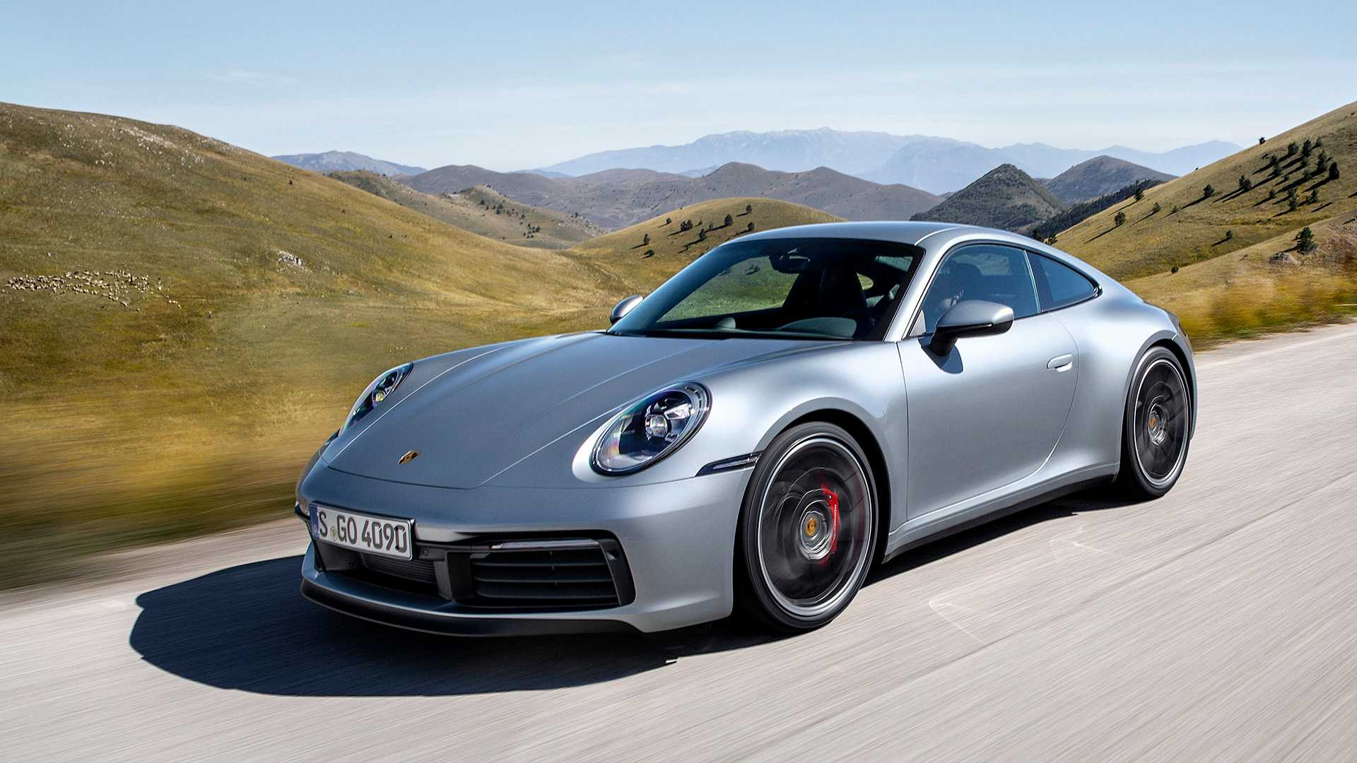 new porsche 911 plays it safe with wet mode autodevot. Black Bedroom Furniture Sets. Home Design Ideas