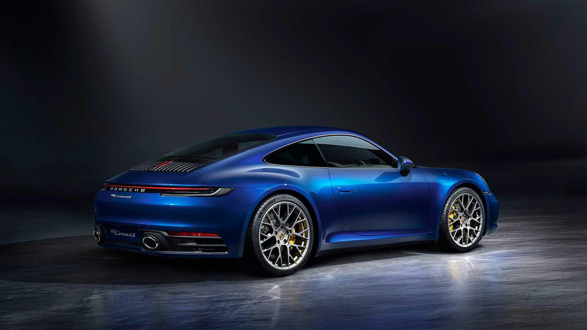 2019-Porsche-911-Carrera-4S-992_8