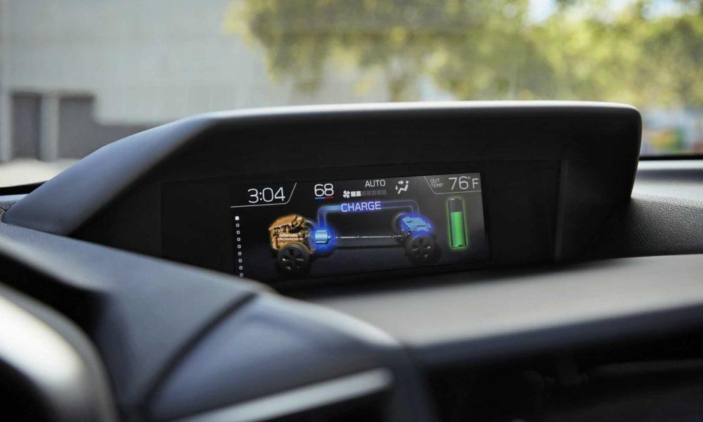 2019-Subaru-Crosstrek-Hybrid-Interior_3