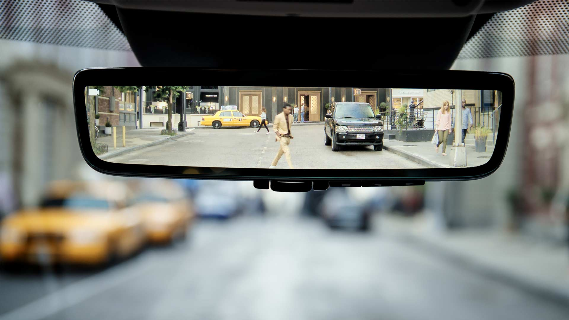 2020-Range-Rover-Evoque-Clearsight-Rearview-Mirror