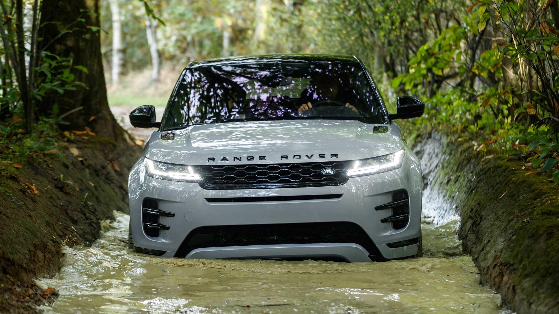 2020-Range-Rover-Evoque-Wading