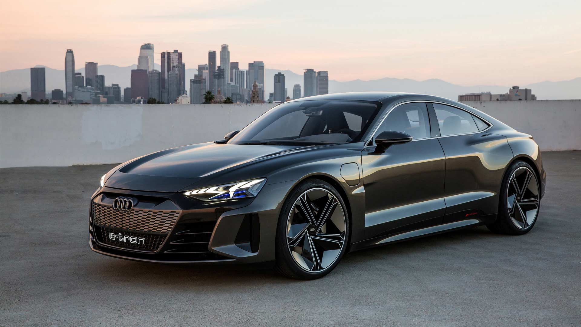 Audi e-tron GT concept is a delicious 4-door electric ...
