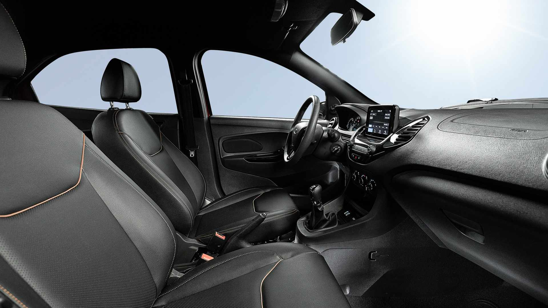 Ford-Ka-Urban-Warrior-Sedan-Interior_2