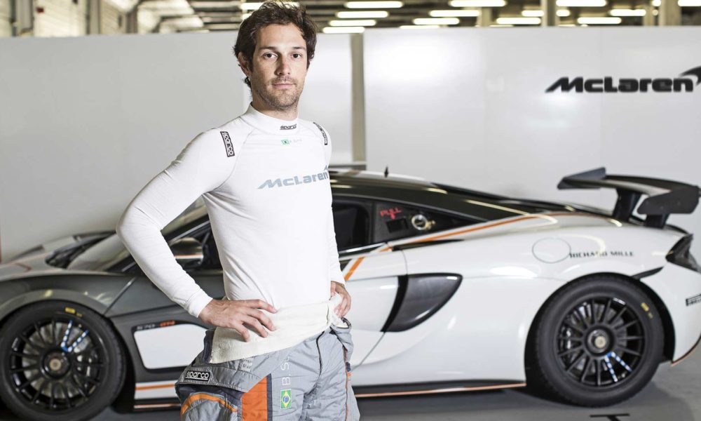 McLaren-and-Sparco-world's-lightest-FIA-certified-race-suit_3
