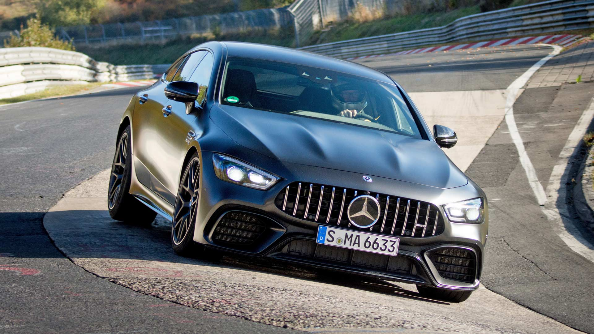 mercedes amg gt 63 s 4matic is the fastest 4 door on north loop autodevot. Black Bedroom Furniture Sets. Home Design Ideas