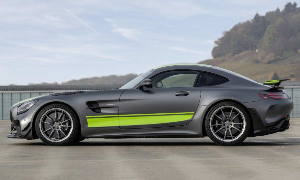 Mercedes-AMG-GTR-Pro_4